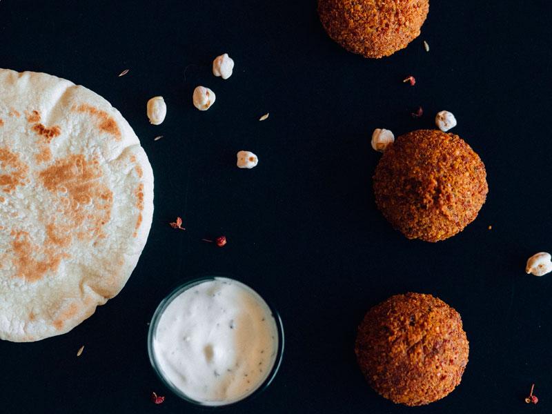 Falafel, una delicia vegana en Pasión & Carácter