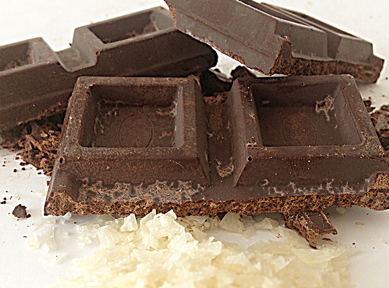 chocolate con escamas de sal de vainilla